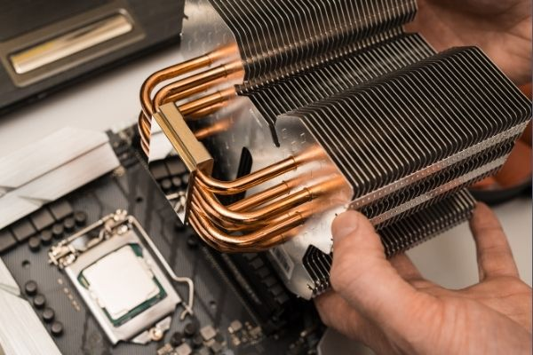 Liquid Cooling system for PC make it quieter and silent